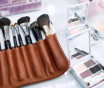 Консультации по макияжу